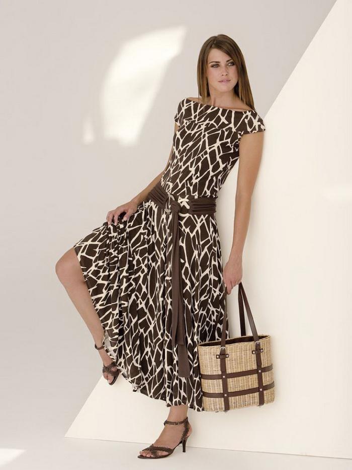 Вечерняя женская одежда больших размеров доставка